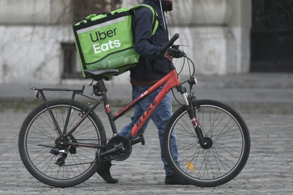 How to Make $1000 a Week with Uber Eats